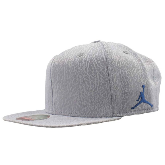 Air Jordan 3 Retro True OG Snapback Unisex Hat 49f351aac1dc